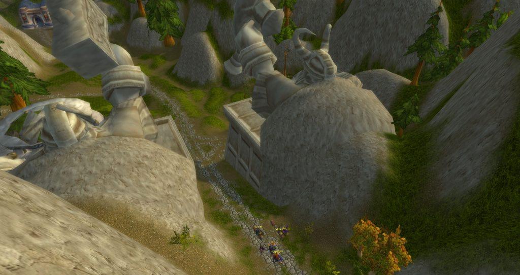Da Doctas approach two great dwarf statues in Loch Modan