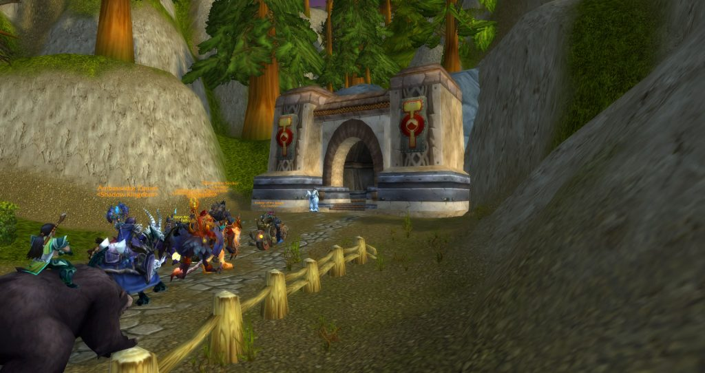 Da Doctas Tour continues through the tunnel to Searing Gorge from Loch Modan.