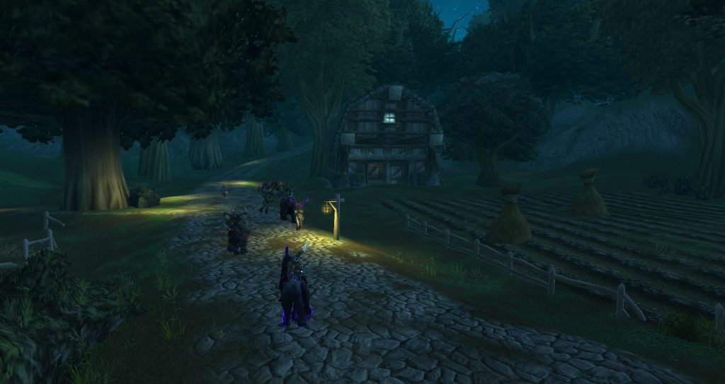 Da Doctas Tour runs past a barn while traversing Duskwood