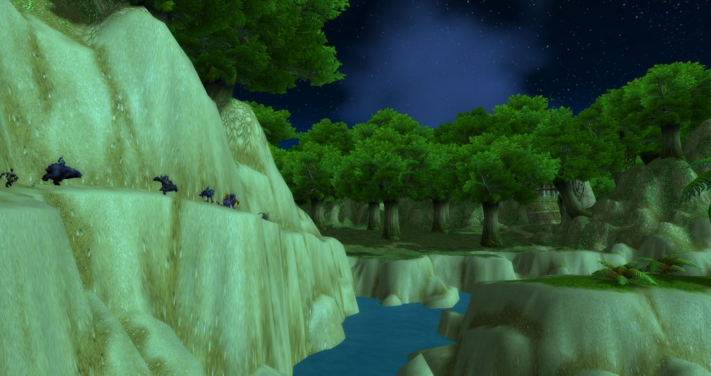 Da Doctas Tour runs along a narrow cliff path towards the Cape of Stranglethorn
